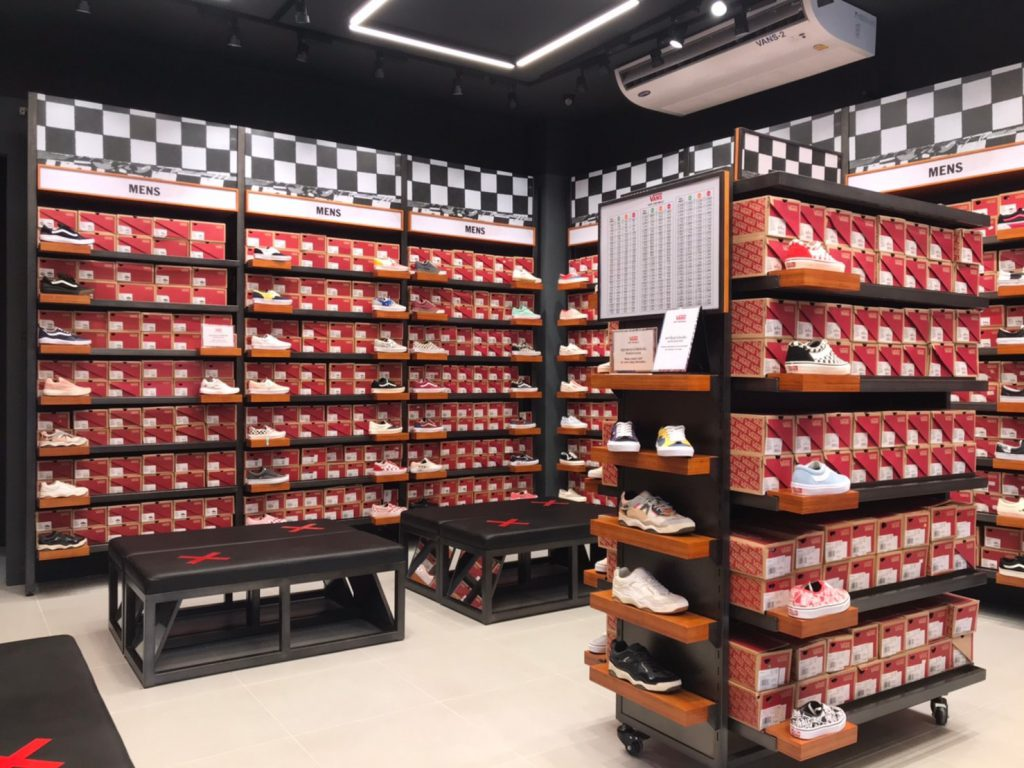 VANS - Siam Premium Outlet | ThaiOutdoorGroup
